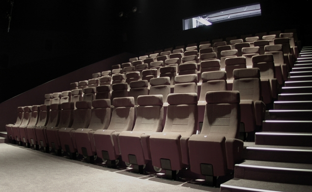Op-ed: Don't reinvent the movie theater, just refine it
